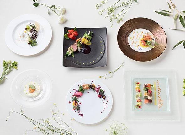 【午前来館がおすすめ】<br /> トリュフ香る焼き立てステーキ試食×森のチャペル模擬挙式フェア